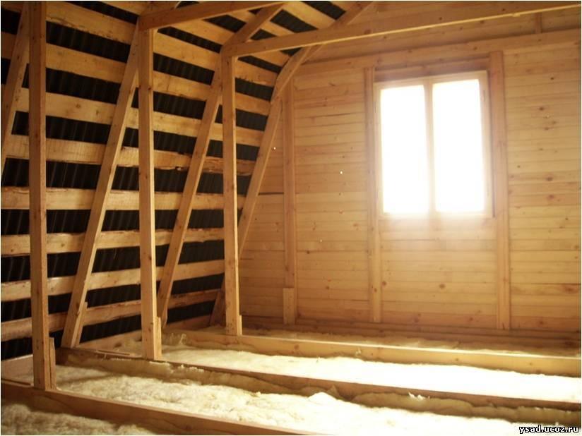 Утеплению пола в деревянном доме